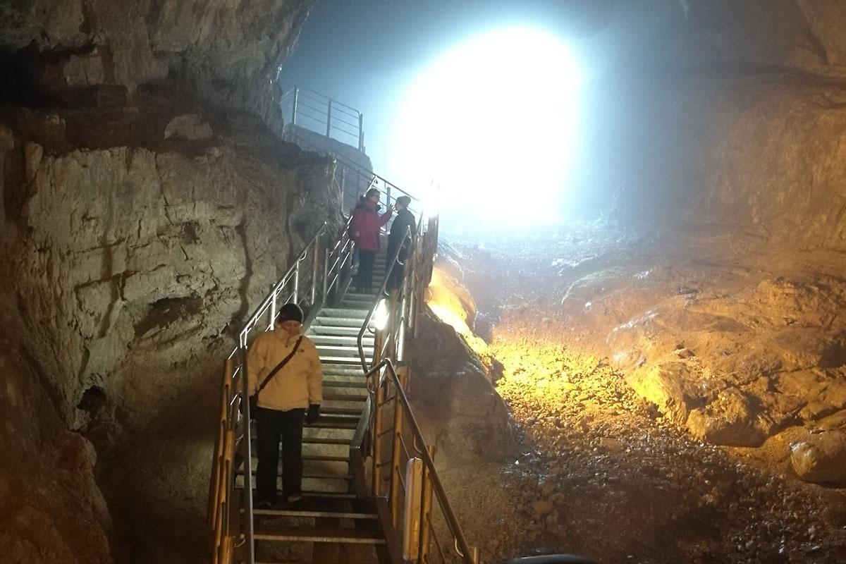 Grotte Val de' Varri e Museo Cicolano