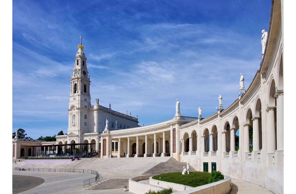 Tour a Lisbona, Sintra, Fatima e Nazare