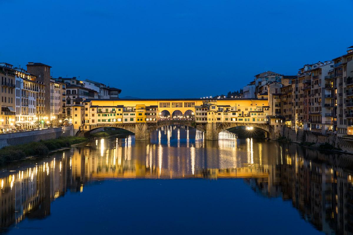 Immagine di Una giornata a Firenze con walking tour + degustazioni vini